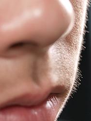 産毛を剃る : 化粧で顔が粉っぽくなっちゃう…それ、解決でき ...