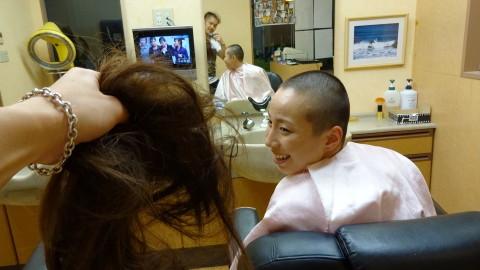 女性丸刈り女性坊主ラインアート (20)